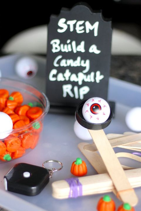 doces catapult halloween game for kids